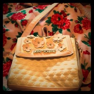 Hersey Johnson Bag